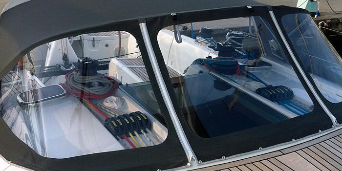 la sellerie nautique, des toiles marines et revêtements de qualité haute résistance